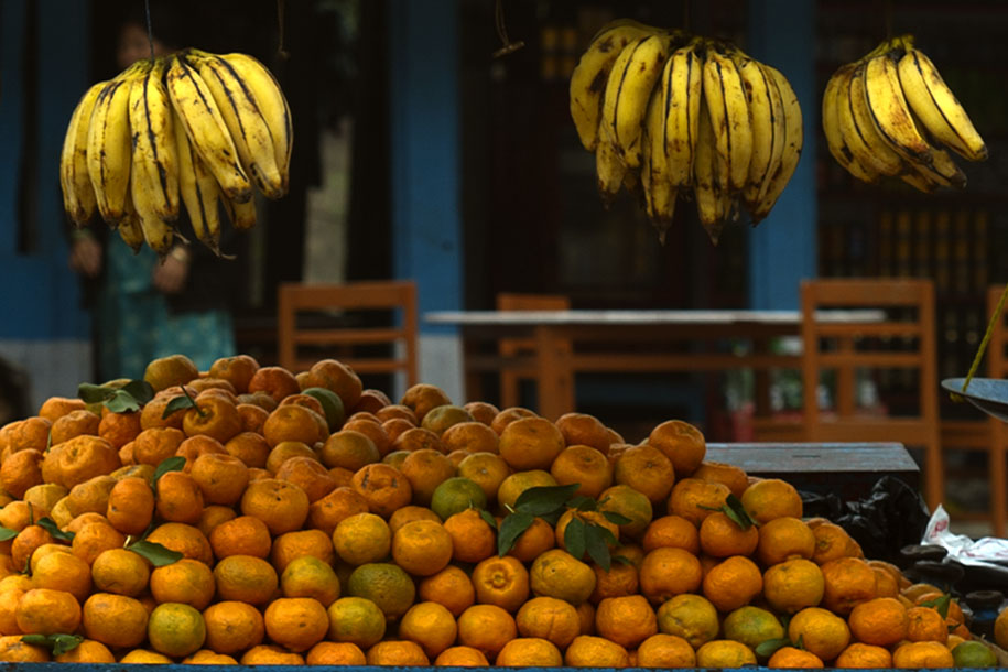 'Local Bananas and Oranges' (Dec 2009) - Mugling, Nepal