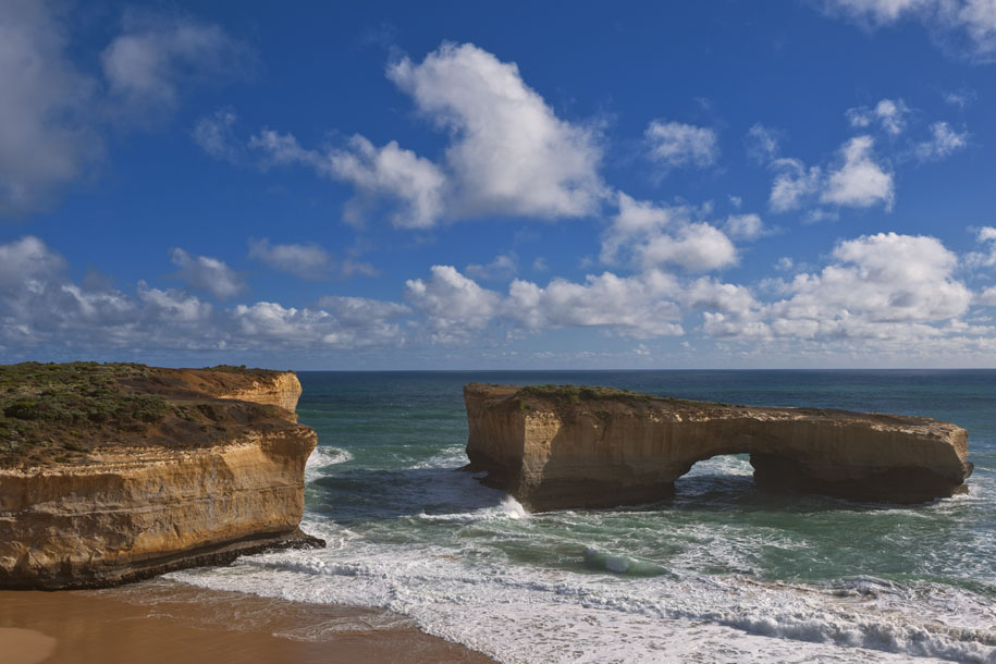 'London Bridge' (Dec 2007) - Great Ocean Road, Australia
