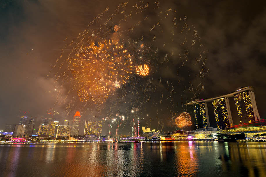 'Fireworks 8' (Aug 2015) - Collyer Quay, Singapore