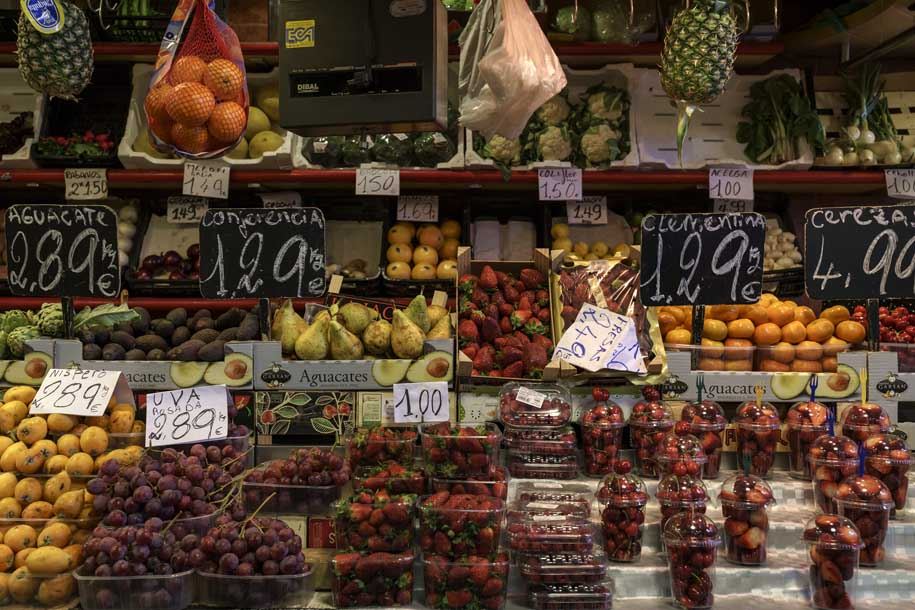 'Variety of Fruits' (Apr 2017) - Barcelona, Spain